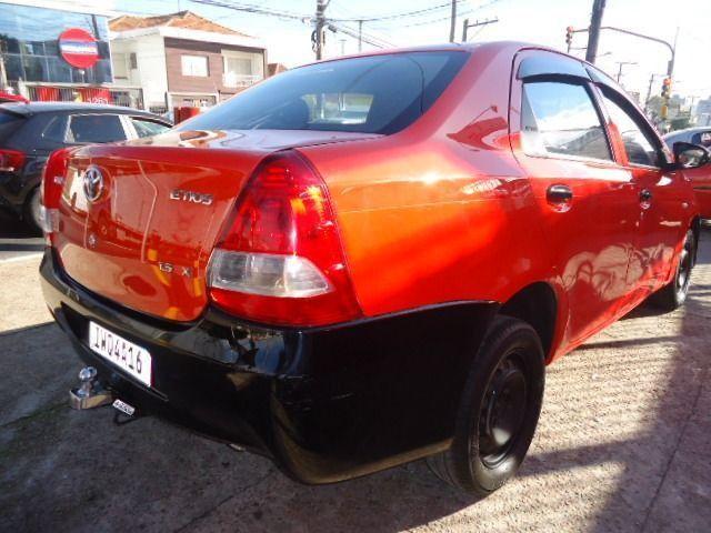 Toyota - Etios Sedan 1.5 X + GNV - Foto 5