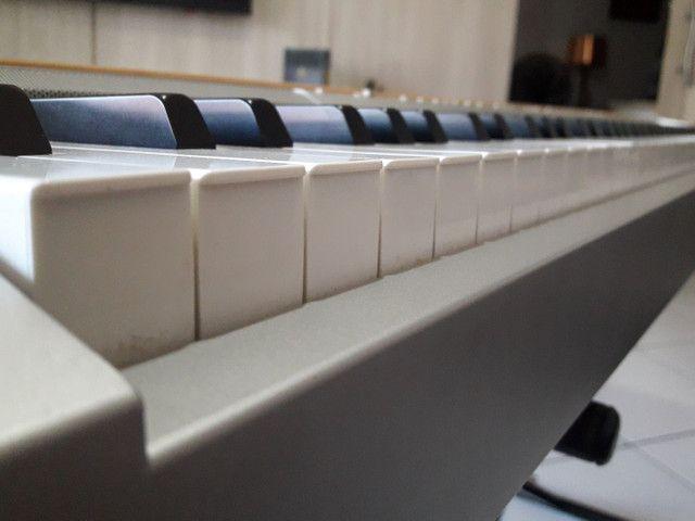 Piano Eletrônico Yamaha P-140 - Foto 6