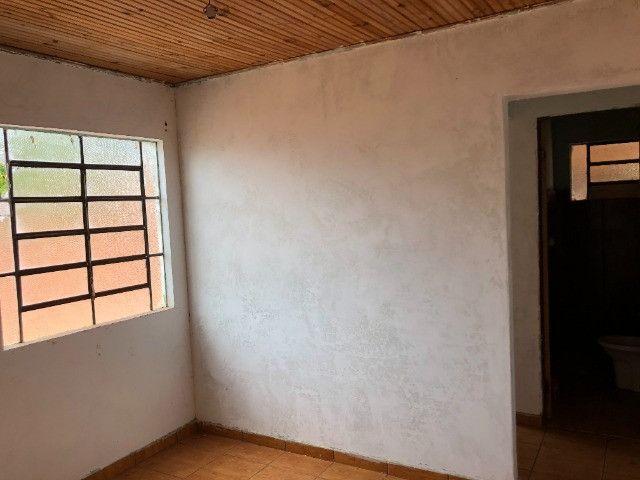 Vende-se uma casa no Bairro Jardim Paraíso, Naviraí-MS - Valor: R$ 35.000,00 - Foto 3