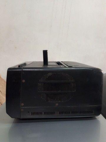 Vendo TV antiga raridade  - Foto 4