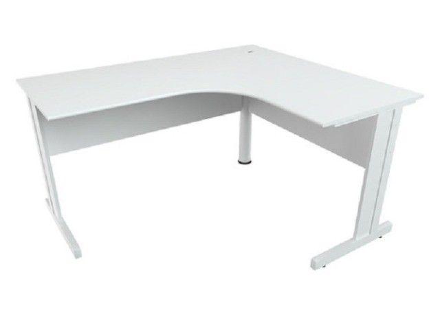 Mesa Delta C/ Pés Calha + Gaveteiro extensor da mesa - 1500x1500x600 - Branca