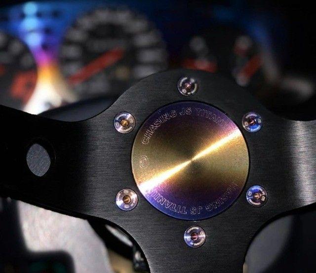 Kit 6 Parafusos Para Cubo Volante Esportivo Titanium E.P.M.A.N - Foto 2
