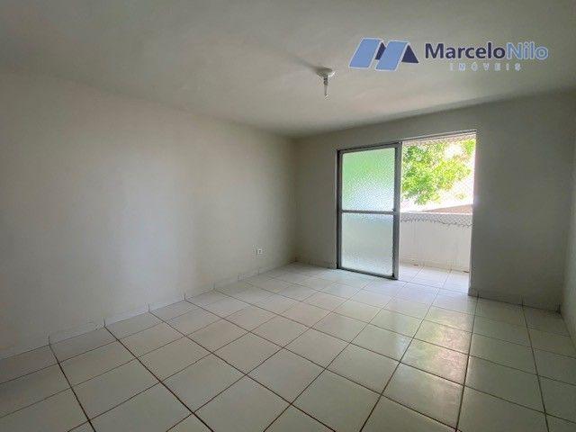 Apartamento com 50m2 e 01 quarto social, próximo a FMO - Faculdade de Medicina de Olinda