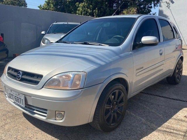 Corsa Premium 1.8 2004/05
