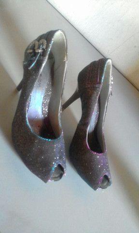 Vende-se 4 sapatos, usados em bom estado. - Foto 5