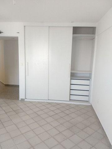 alugo apartamento em boa viagem com quatro suítes - Foto 14