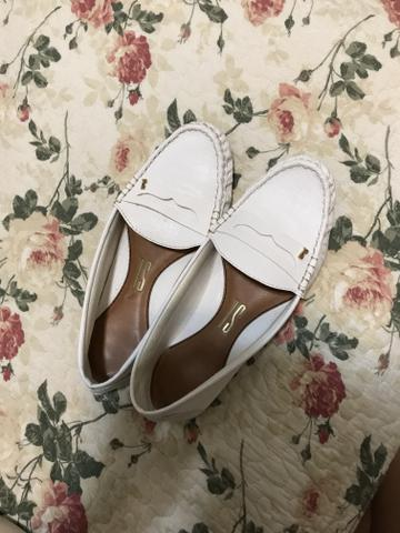 Bolsas e calçados semi novos