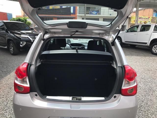 Etios Hatch 1.5 XS 2017/2018 - Foto 7