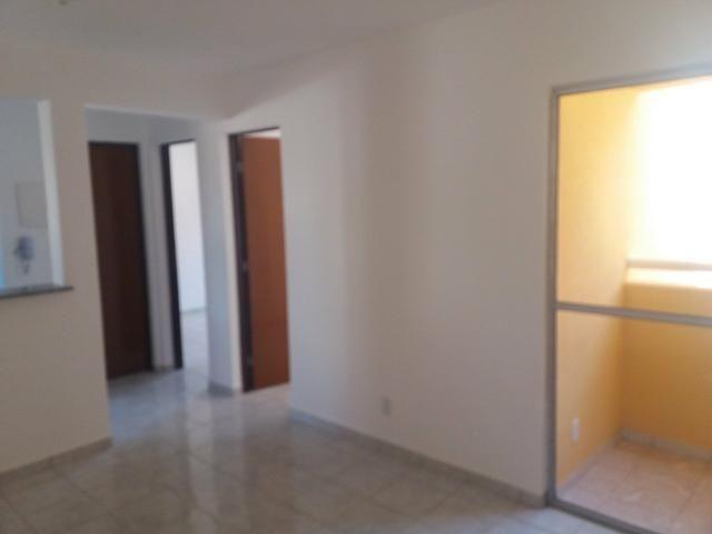 Apartamento no Condomínio Village Jardins II - Foto 2