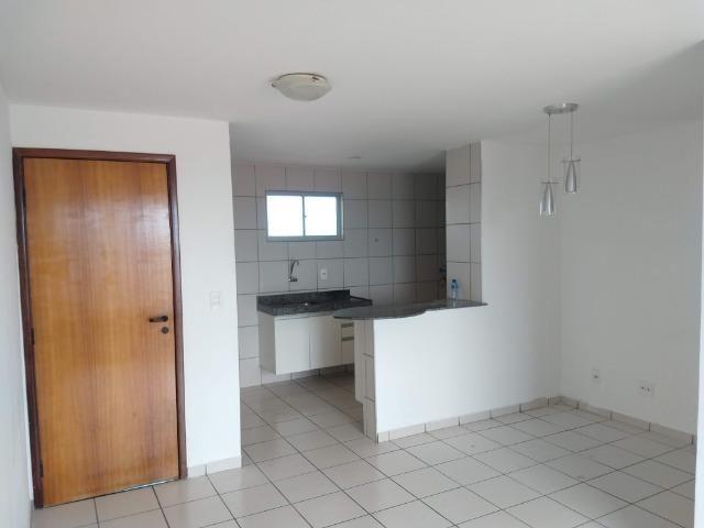 Apartamento Edificio Villa Real próximo a Regional IV na av Silas Munguba - Foto 8