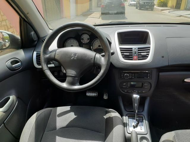 Peugeot 207 2013 1.4 completo automático - Foto 5