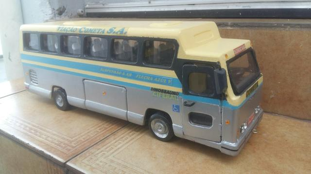 29a9cc66e3 Miniatura de Madeira Ônibus Cometa - Hobbies e coleções - Jardim ...