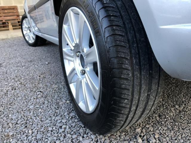 Ford - Fiesta 1.6 - Completo - Foto 13