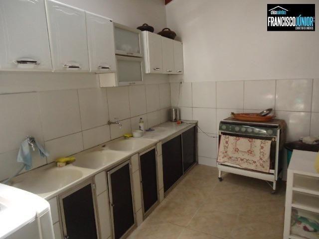 Casa no Setor Coimbra, 4 Quartos 1 suíte, 2 salas, Cozinha com armários, ótima localização - Foto 19