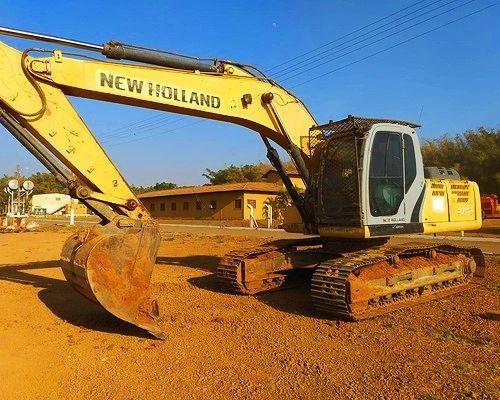 E215LC New Holland <br>- 2014
