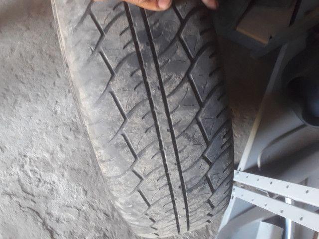 Roda 14 GM com pneu  meia vida  - Foto 3