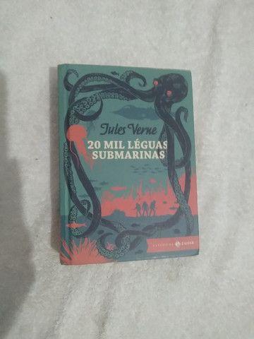 Livro 20 mil léguas submarinas
