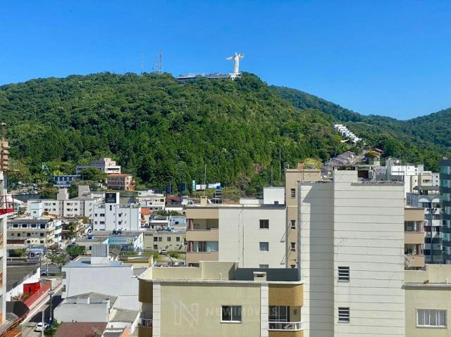 Apartamento de 3 Suítes 2 Vagas em Balneário Camboriú - Foto 12