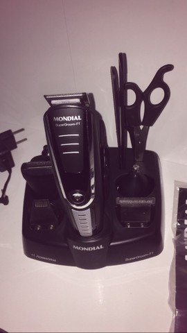 Maquina de cortar cabelo e barbear mondial - Foto 2