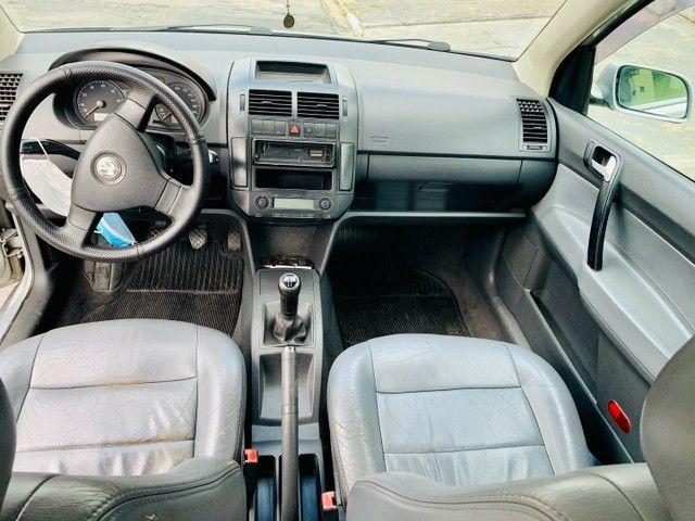 Polo Sedan Comfortline 1.6 completo  - Foto 5