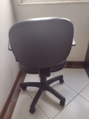 Mesa + Cadeira pra Home Office - Foto 4