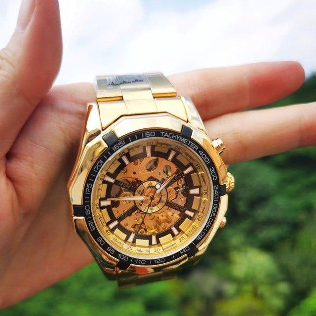 Relógio Top Pesado Original Foursining Dourado