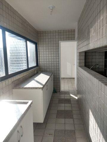 alugo apartamento em boa viagem com quatro suítes - Foto 7