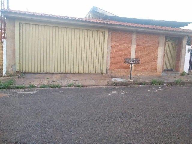 Casa Ribeirão Preto - Sumarézinho - Aceita Permuta Apartamento menor valor  - Foto 5