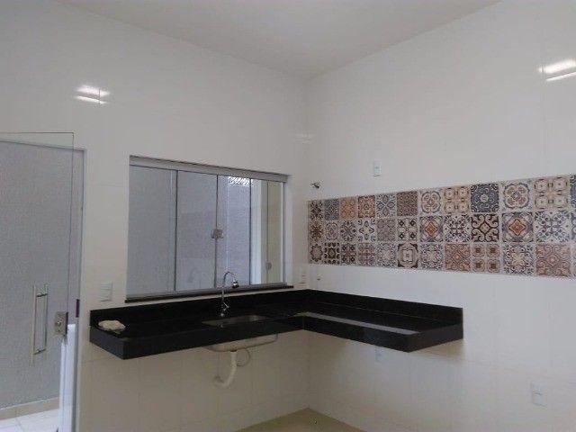 Nova Casa de 3 Quartos, Varanda Gourmet, Acabamento Alto - Jardim Europa - Foto 6