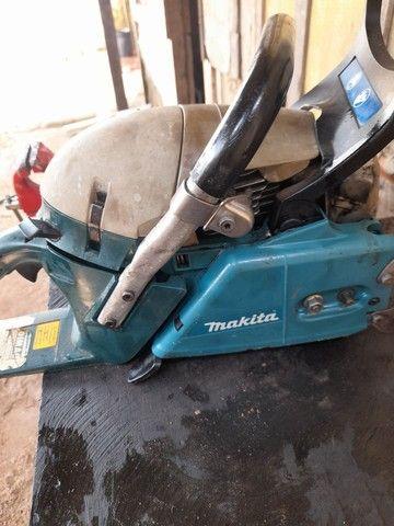 Vendo motor serra makita muito bom 900 reais  - Foto 6