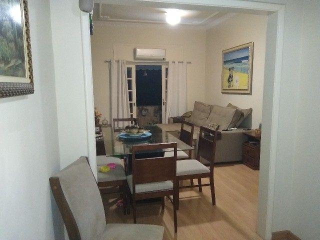 Apartamento com 3 quartos e varanda, no centro do Centro- próximo Barcas e Plaza Shopping. - Foto 2