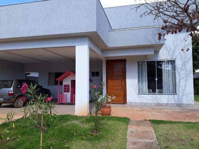 Casa 04 Quartos Rua 8 Lote 800 Metros Condominio Top