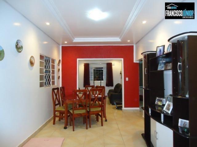 Casa no Setor Coimbra, 4 Quartos 1 suíte, 2 salas, Cozinha com armários, ótima localização - Foto 4