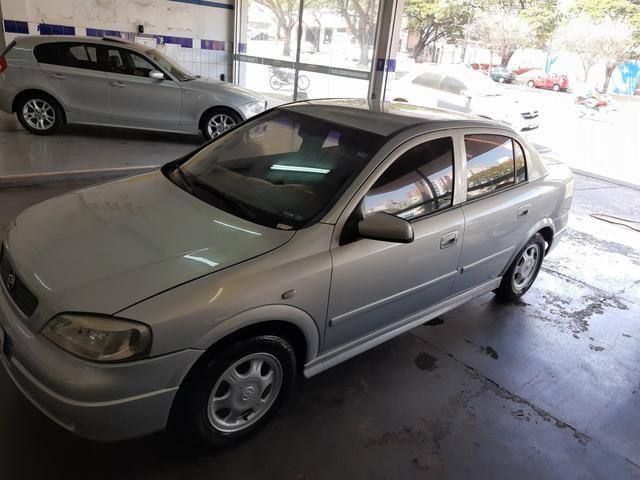 Chevrolet - Astra Sedan GL 1.8 Completo Prata 2001 - Foto 2