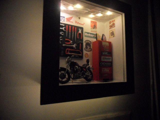 Quadro Oficina Moto miniatura c/Luz de led interna/externa - Foto 2