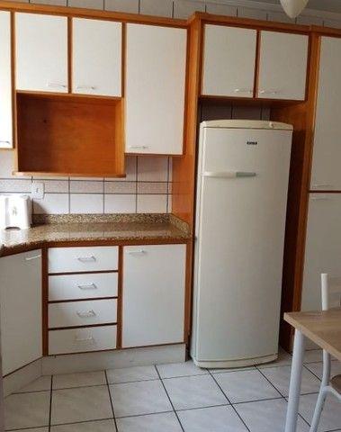 Oportunidade de Locação Anual, Apartamento Mobiliado, frente mar, 03 dormitórios (1suíte) - Foto 8