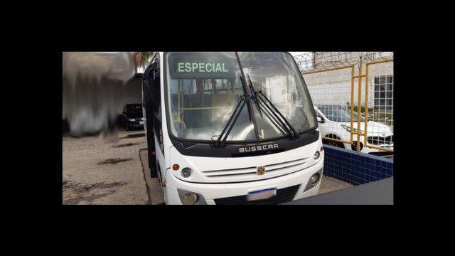 *Vendo microônibus* conservado - Foto 3