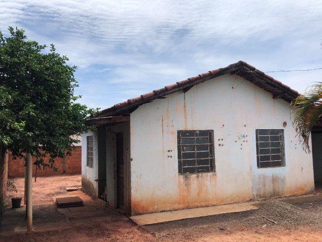 Vende-se uma casa no Bairro Jardim Paraíso, Naviraí-MS - Valor: R$ 35.000,00 - Foto 4