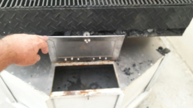 Carretinha reboque para Lanches e churrasco  - Foto 4