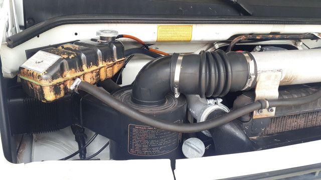 Mb 710 longa  troco em carreta ou Hillux - Foto 3
