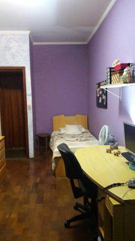 Alugo quarto (vaga feminina.) com varanda próximo à USP I.