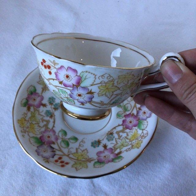 Xícara de Porcelana com Pires Royal Starfford - Flores - Foto 5