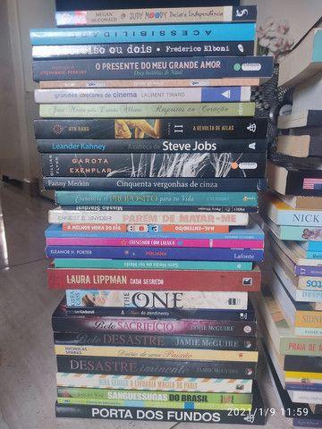 Livros usados - Foto 3