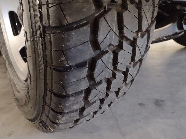 D 20 custon S gabinada ano 93 -04 pneus novos valor: 42.000,00 - Foto 7