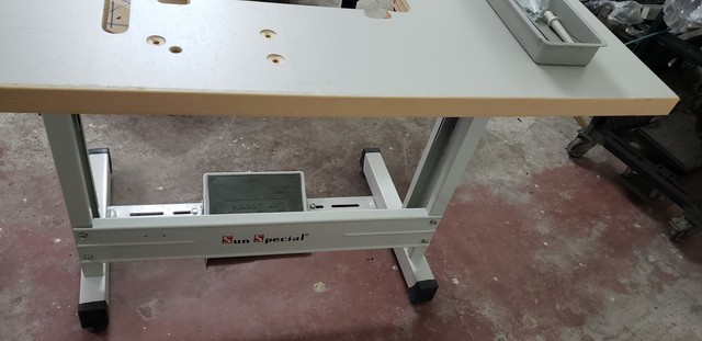 Mesa de máquina reta - Foto 3