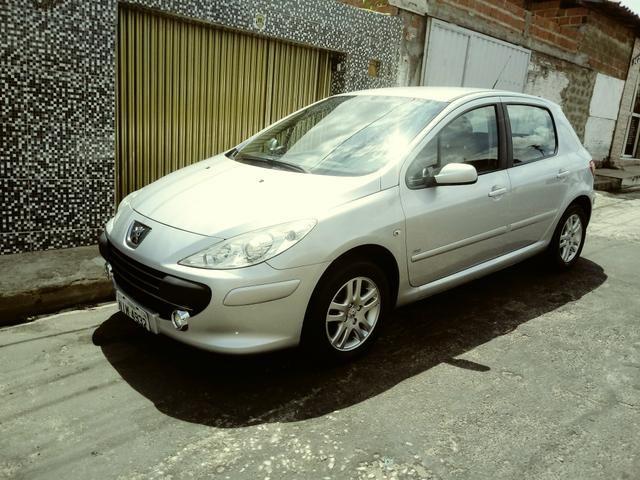 Baixei pra vender logo 22 mil Vendo ou troco Peugeot 307 10/11 completíssimo top