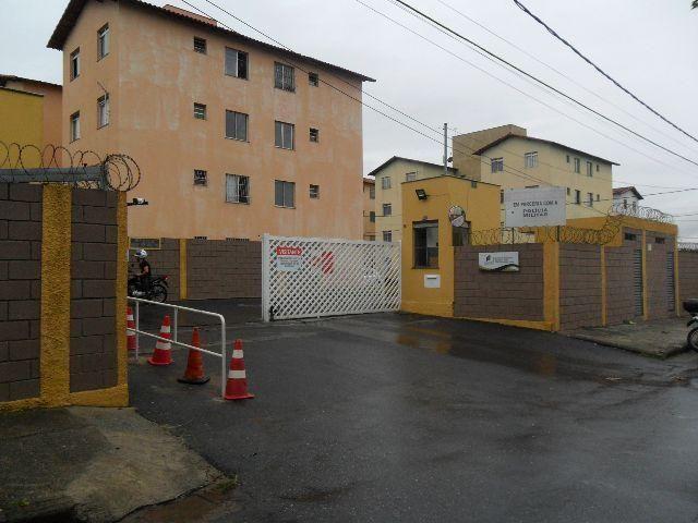 Apto Primeiro pavimento de 2 Qts no Bairro Pq Industrias Betim, em Frente a Escola