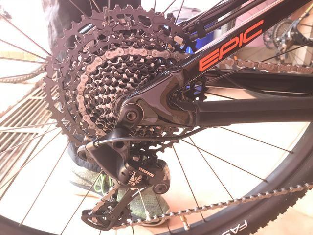 Bicicleta Specialized Epic Comp Full 2019 - Foto 6