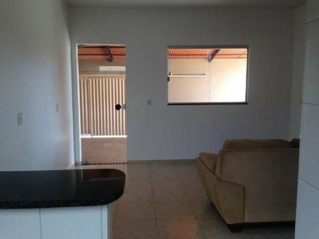 Casa bem localizada 3 quartos - Foto 6