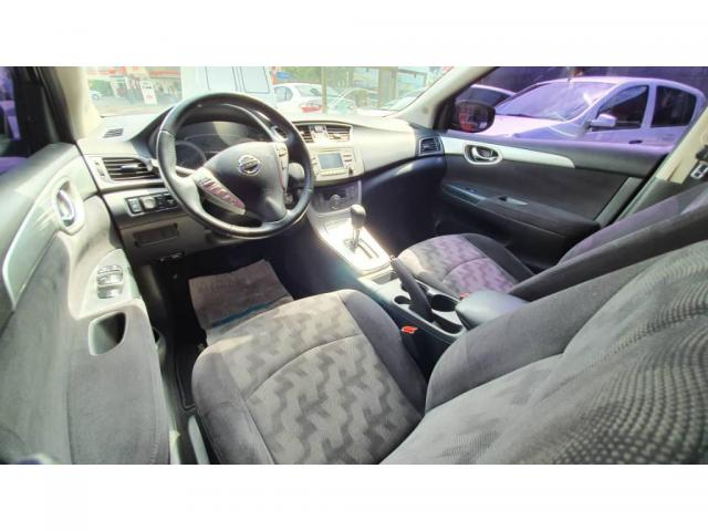 Nissan Sentra SV - Foto 8